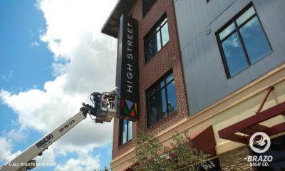 apartment-signs-Millennium-High-Street--downtown-Houston,-TX