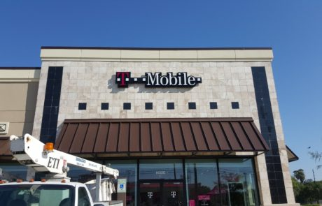 business-signs-t-mobile-houston-tx