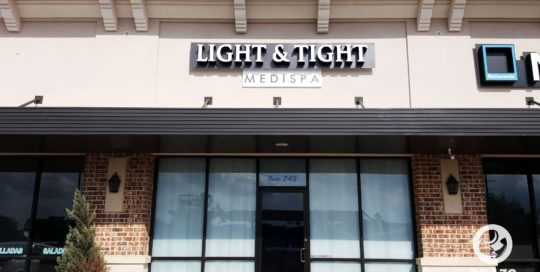 business-sign-illuminated-channel-letters-spa-signs-richmond-texas-light-&-tight