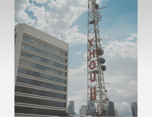 Brazo Sign Co. Helps Remove KHOU's Iconic Letters from Allen Parkway Tower