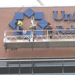 sign-installation-company-united-health