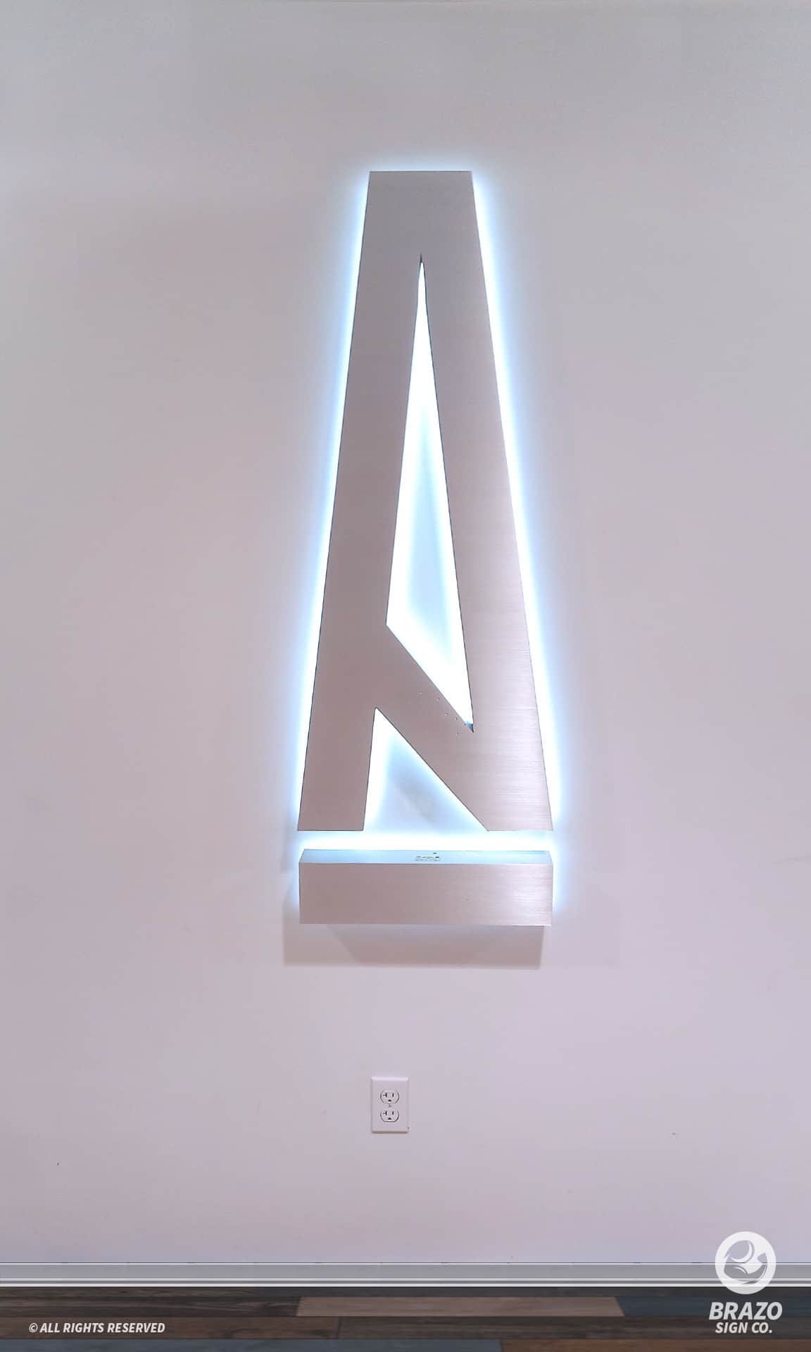 back-lit-channel-letters-sign-company-a-ma-maniere-2